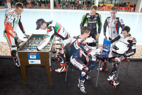 Six Brits have it all to play for at the World Superbike Championships at Donington Park 2011
