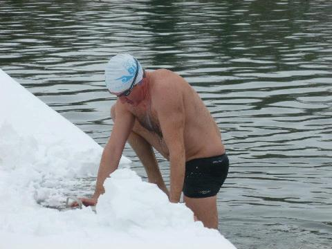 Bryn Dymott training in the snow!!