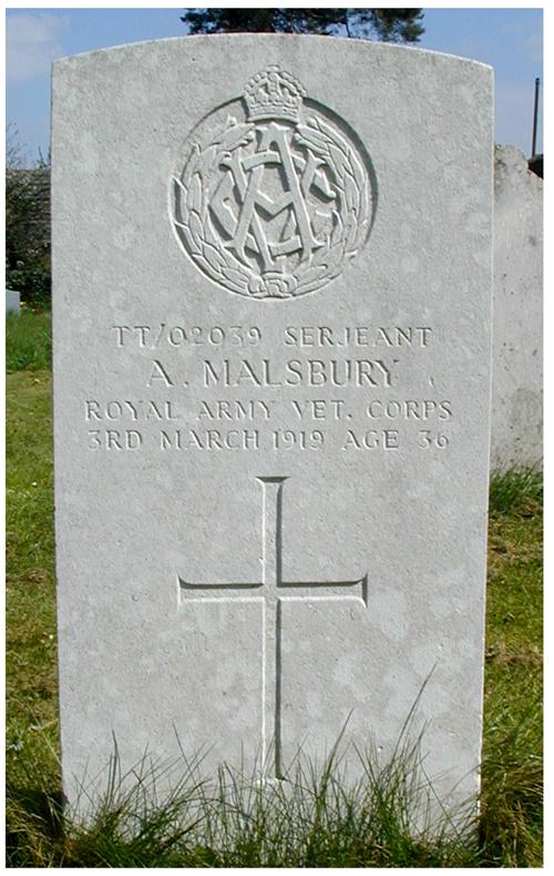 A World War One Commonwealth War Graves headstone in Abthorpe's Church Yard extension.