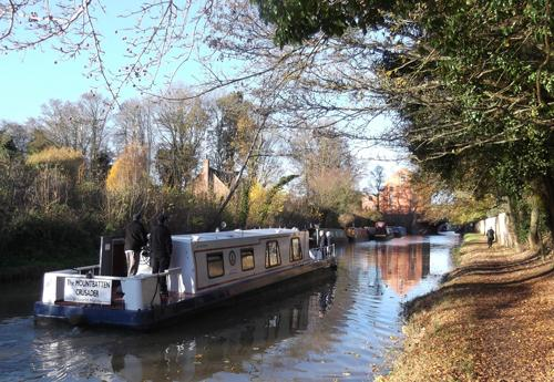 Trips run from Gayton Junction, at Blisworth Arm, along the Grand Union Canal. Passengers either bring a picnic or we make a lunch stop at the Wharf canalside pub at Bugbrooke.