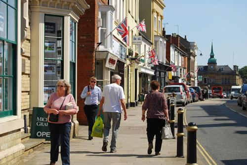 Study underway into South Northants shopping habits
