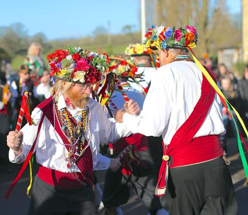 Looks like Summer! The Rose and Castle Morris side dance on the banks of the Grand Union Canal to celebrate New Year 2013