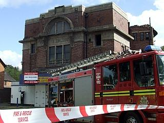 Fire at the Kingsway Cinema / Gala Bingo in Kings Heath