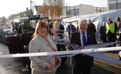 Official opening of Hodddesdon High St