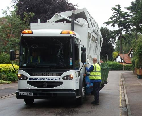 "Broxbourne's ""Kerbsider"" recycling collection vehicles"