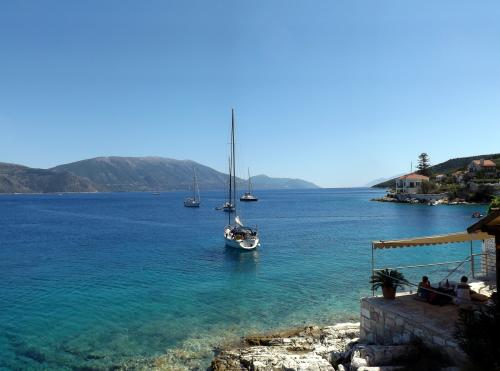 Holiday photo from Kefalonia by Kate Towerzey