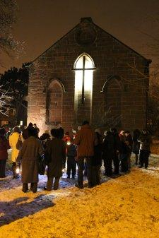 Candlelit carols at St Thomas' Church, Parkgate