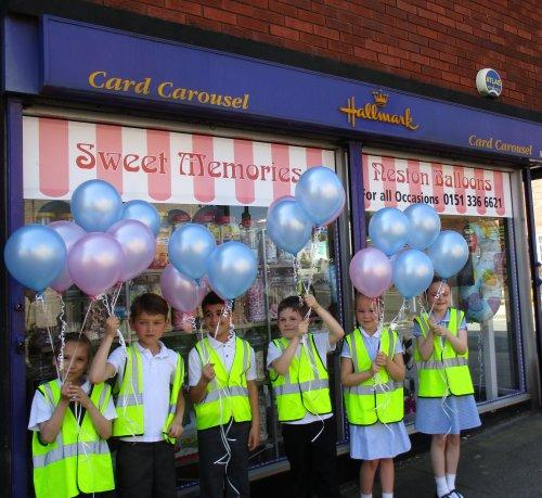 Neston pupils release balloons for Manchester