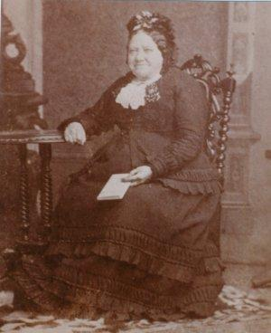 Sarah Houldin, nee Pennington, daughter of Sarah Pennington
