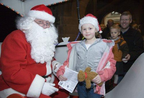 Santa at Neston Parish Church 008