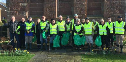 Parkgate community spirit clean-up