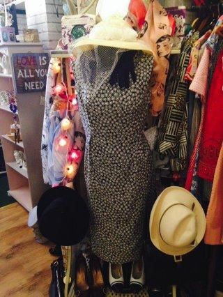 vintage clothes and accessories