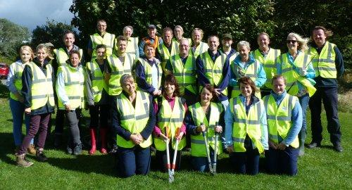 Parkgate Clean Up Day Supported by Council Staff